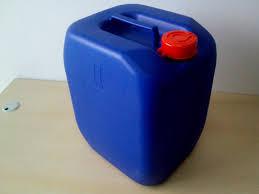 Tính tiện dụng của can nhựa trong đời sống